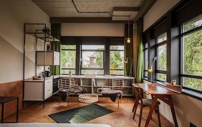 Hotel V Fizeaustraat Premium Deluxe Room 2