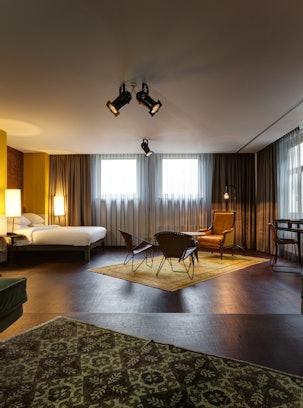WIHP HV Nesplein suite 100